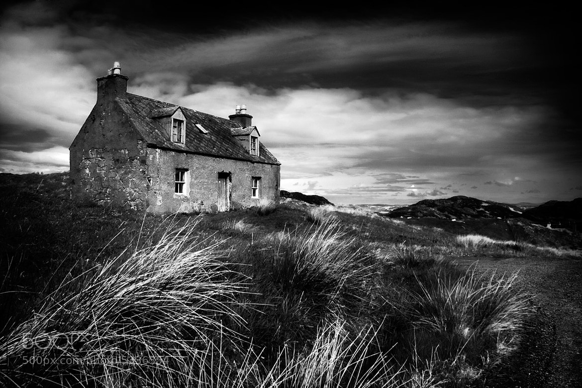 Photograph Abandoned house by Paul Davis on 500px