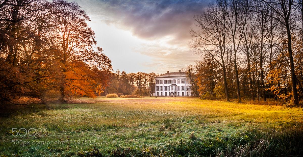 Photograph Castle Stas de Richelle, Heusden OVL by Rudy Denoyette on 500px