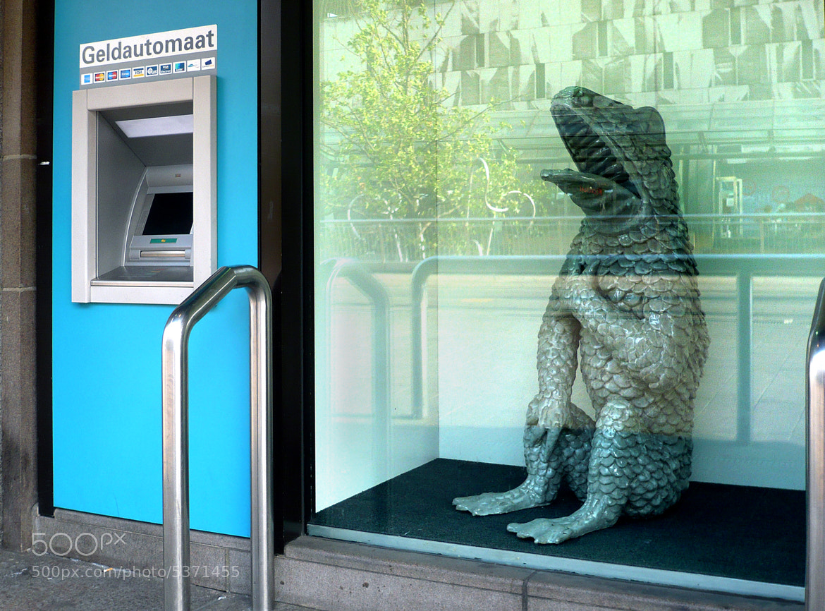 Photograph cash point ;-) by Johann Scheiber on 500px