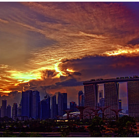 Roaring sunset at Marina Barrage