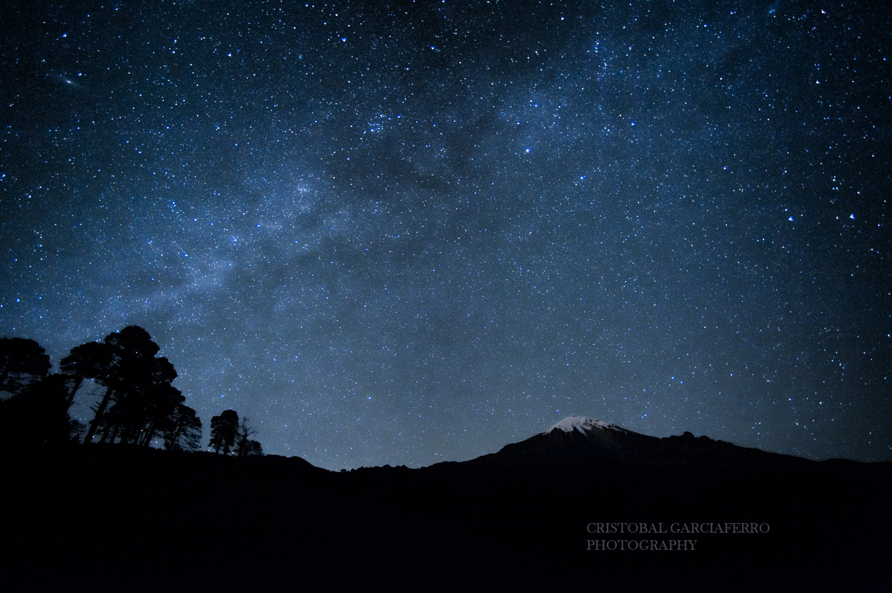 Photograph volcano and milky way by Cristobal Garciaferro Rubio on 500px