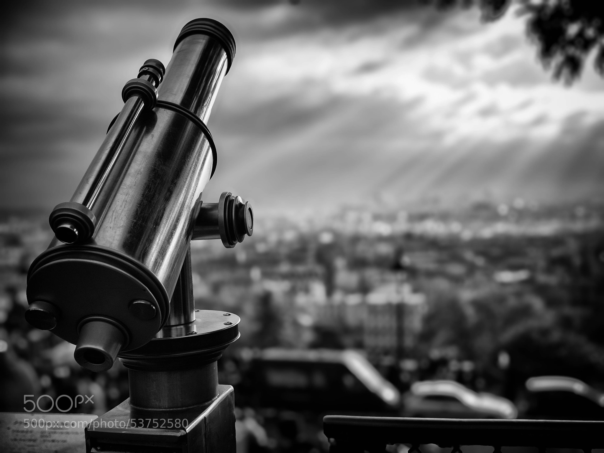Photograph Aim for the stars by skamelone on 500px