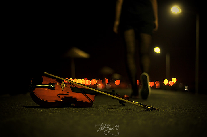 Photograph Violin by Uğur Atik on 500px