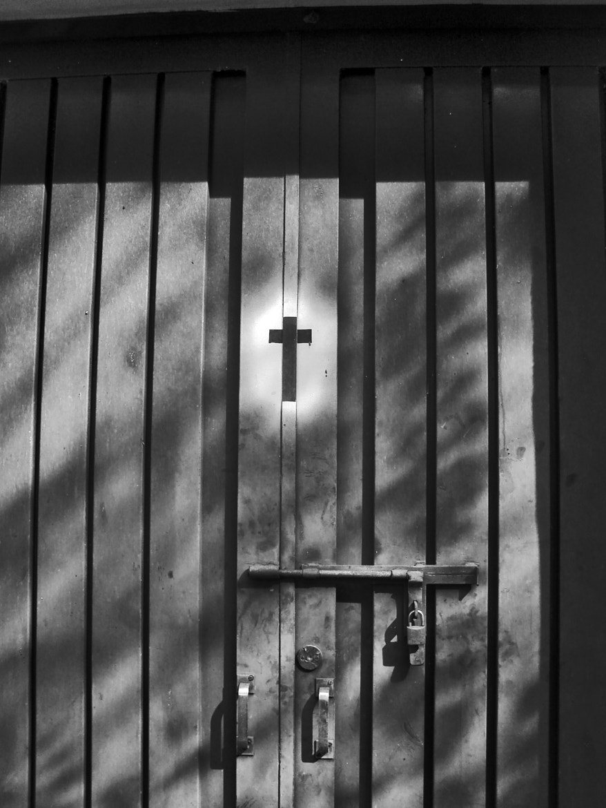 Photograph Door by Bruna Romero on 500px