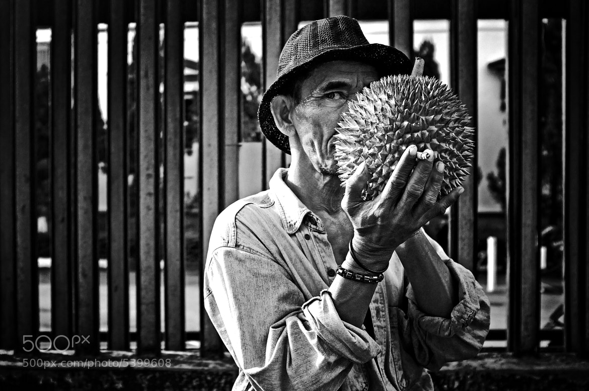 Photograph Kissing the thorn by Rio Krisna Murti on 500px