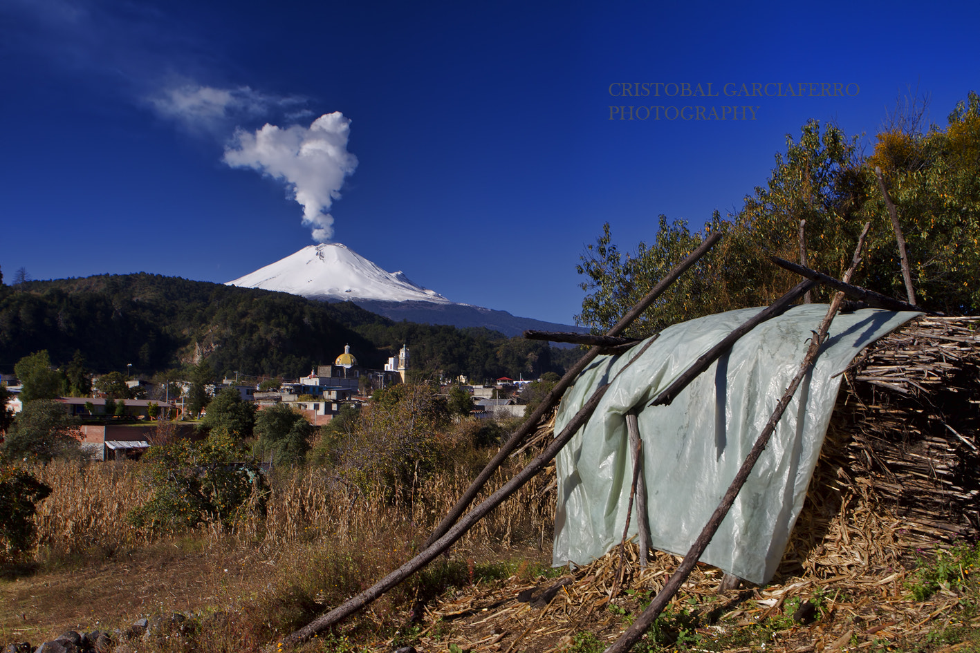 Photograph Small town and volcano by Cristobal Garciaferro Rubio on 500px