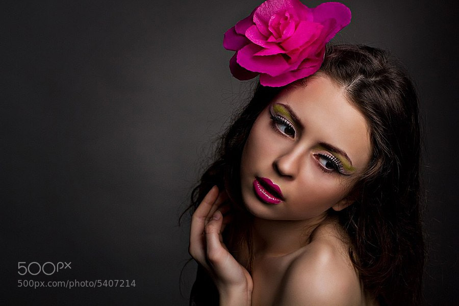 Photograph Touch of pink by Viktoria VickyOne on 500px