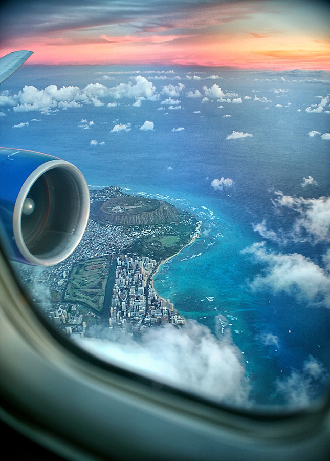 Photograph Window Seat to Hawaii by Isac Goulart on 500px