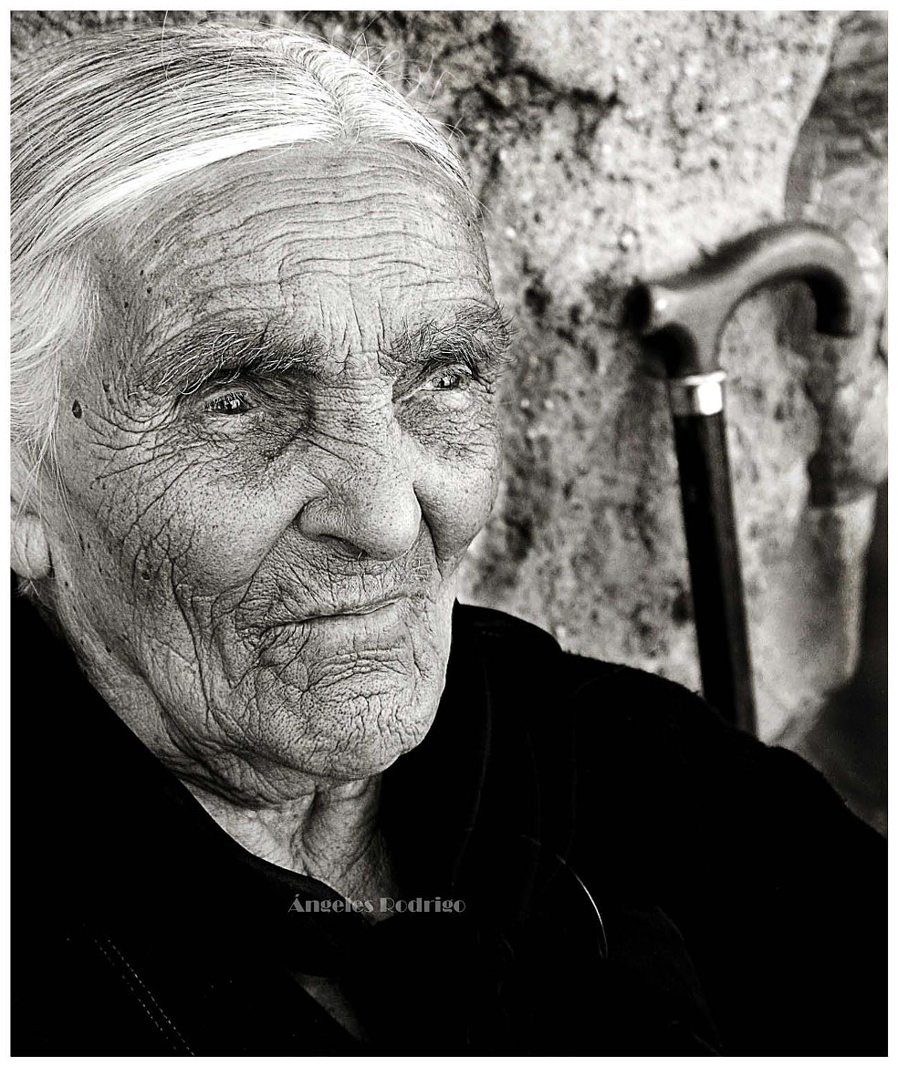Photograph ANCIANA by Angie  on 500px