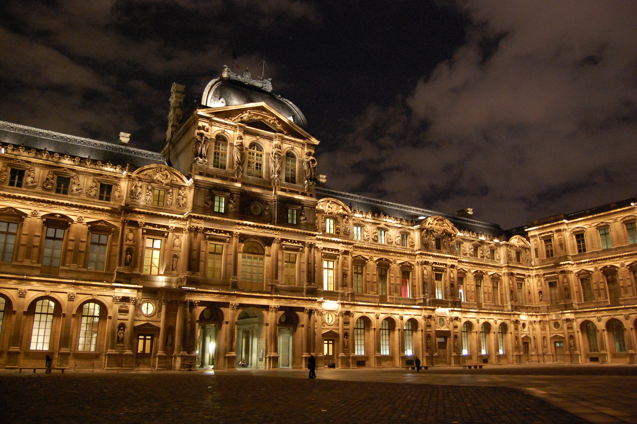Photograph Louvre by Riccardo Giuliano on 500px