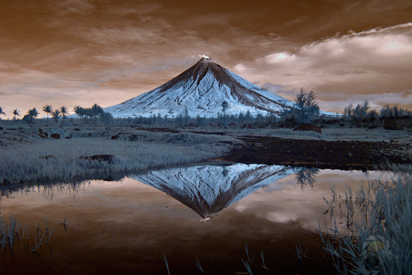 Photograph Reflection (IR) by Dacel Andes on 500px