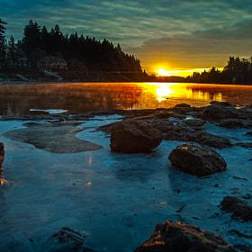 willamette river,sunrise today....
