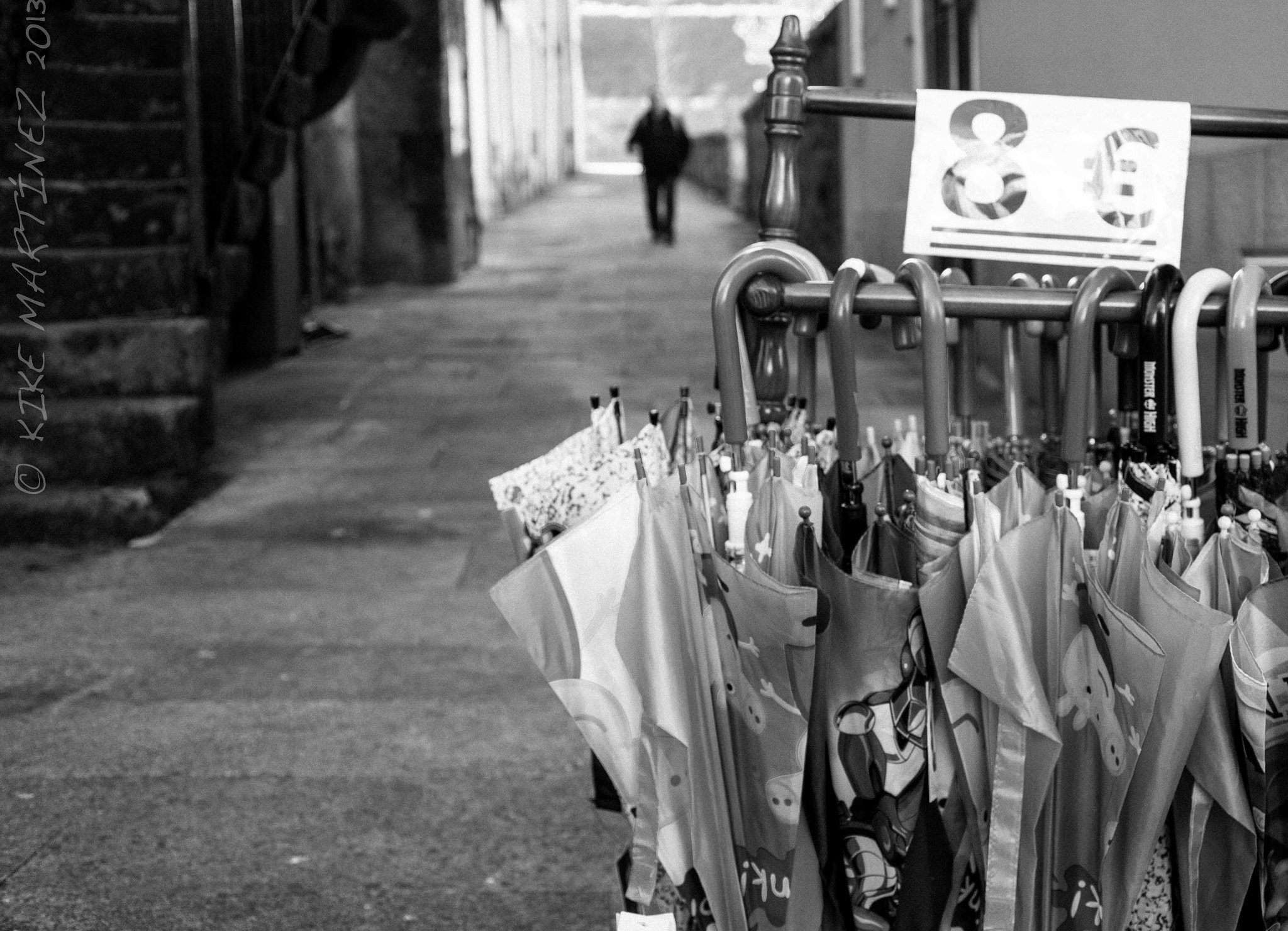 Photograph LOOKING FOR UMBRELLAS by Kike Martínez  on 500px