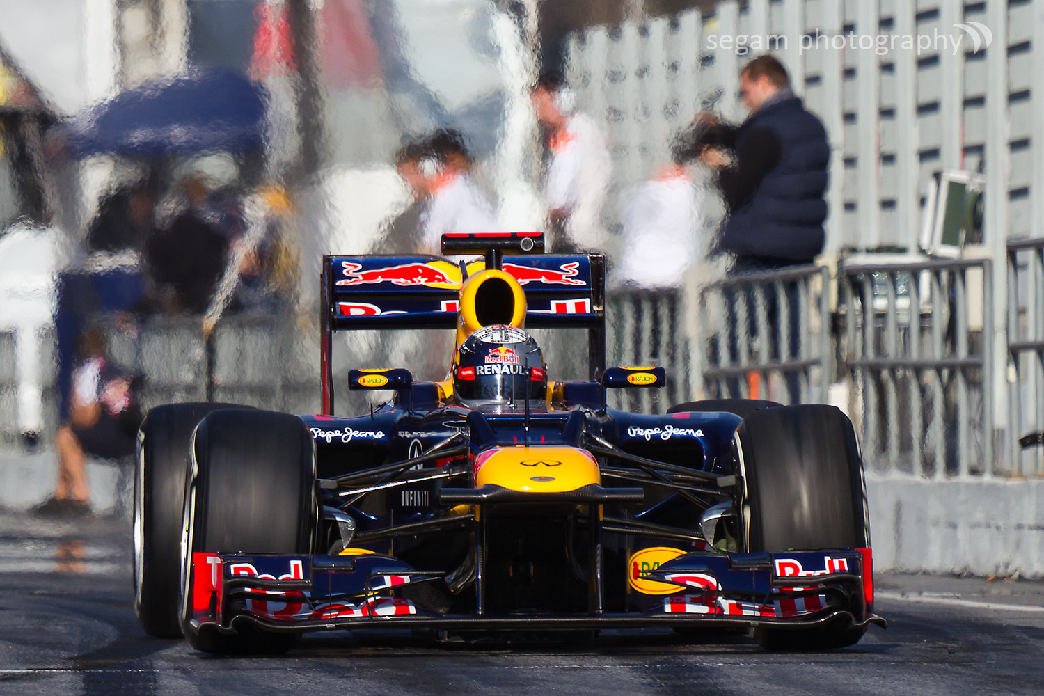 Photograph Sebastian Vettel - RedBull RB8 by Sergio Garcia on 500px