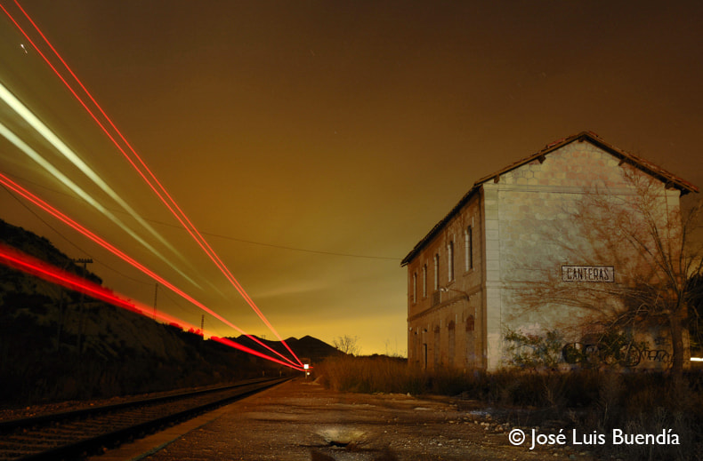 Photograph ghost station by José Luis Buendía on 500px