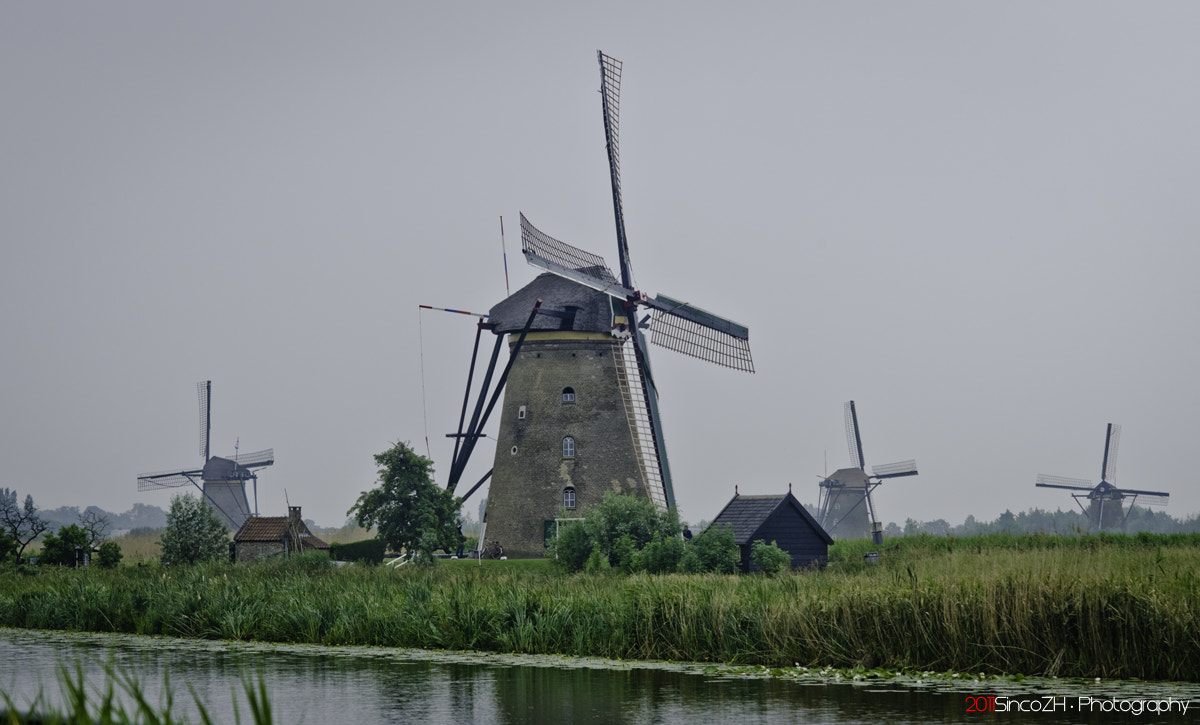 Photograph The mills at Kinderdijk... (Holland / The Netherlands) by Daniel Lois on 500px