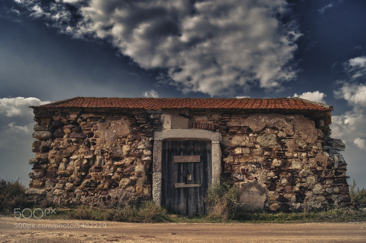 Photograph Old house... by Emanuel Fernandes on 500px