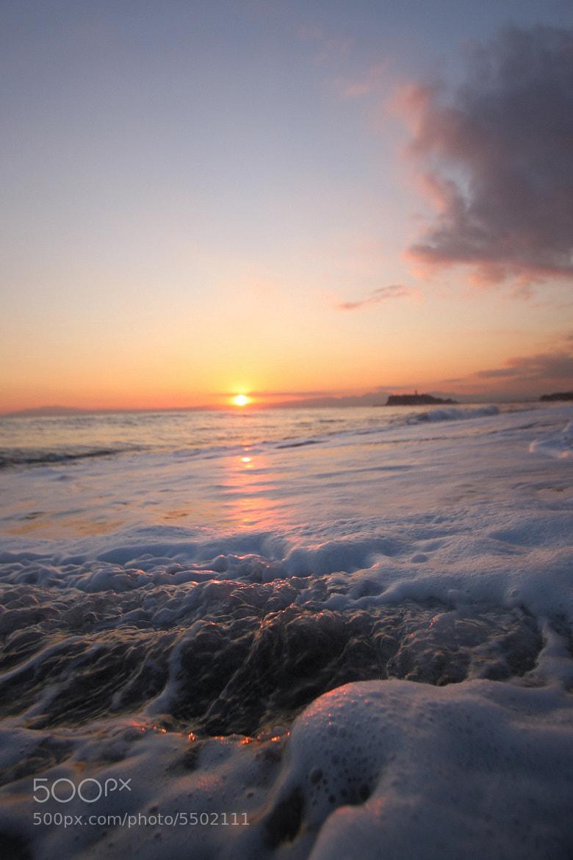 Photograph Evening White Foam by masaya kubo on 500px