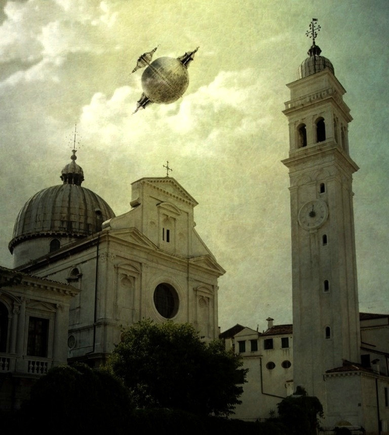 Photograph Flying artifact over Venice 3 by Gustimbaldo Del Piero on 500px