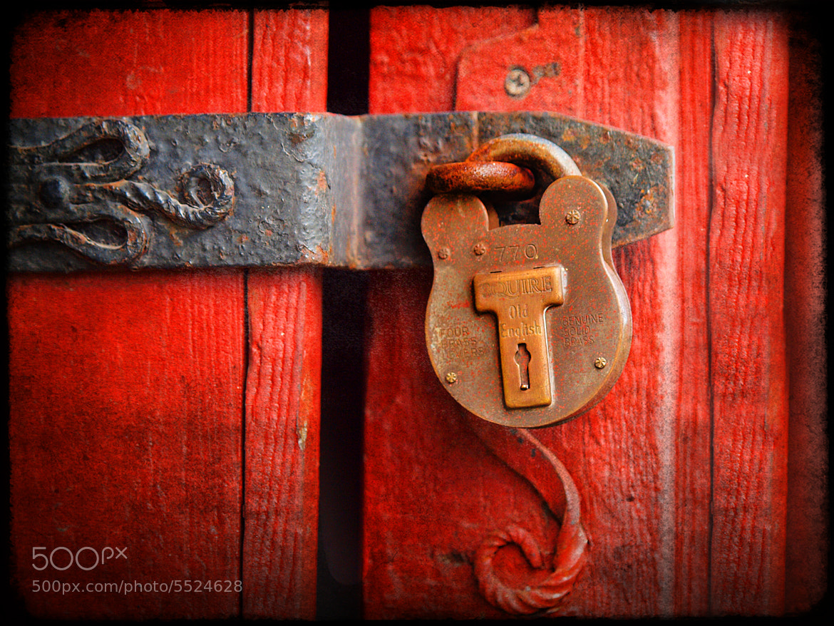 Photograph All locked up by Sandy Grimm on 500px