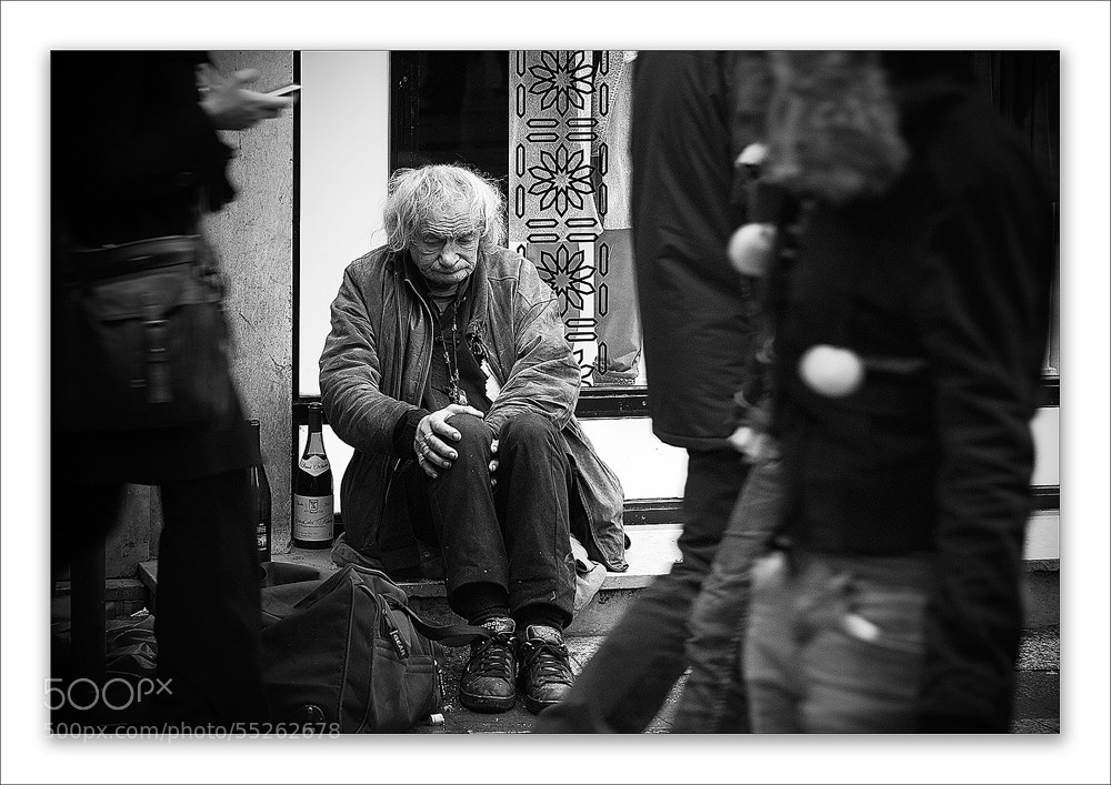 Photograph Nobody looks at me by Pascale schotte on 500px