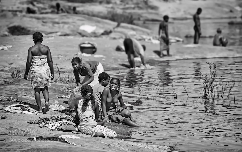 Photograph LIFE  IN   MUANTHA   RIVER by maria joão arcanjo on 500px