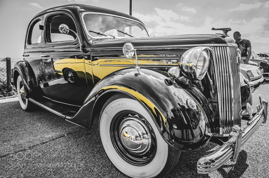 Photograph Car Reflections by Simon Cresdee on 500px