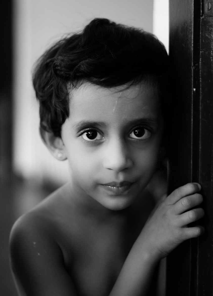 Photograph the little girl by Heshan Jayakody on 500px