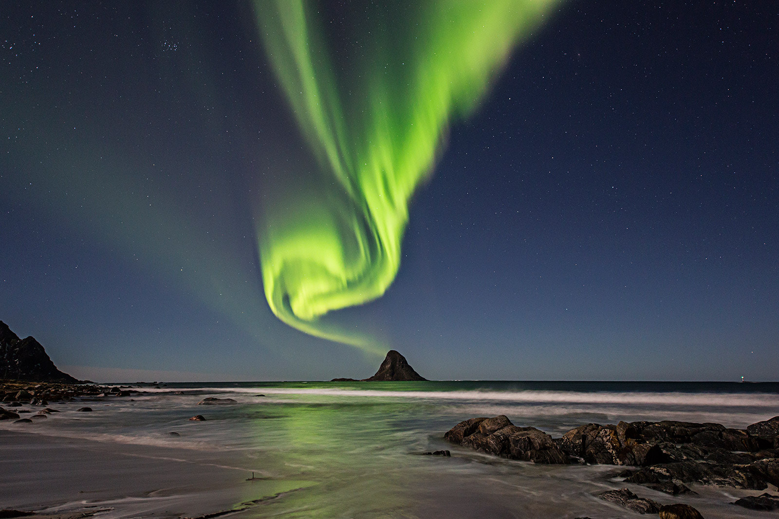 Photograph Green smoke by Frank Olsen on 500px