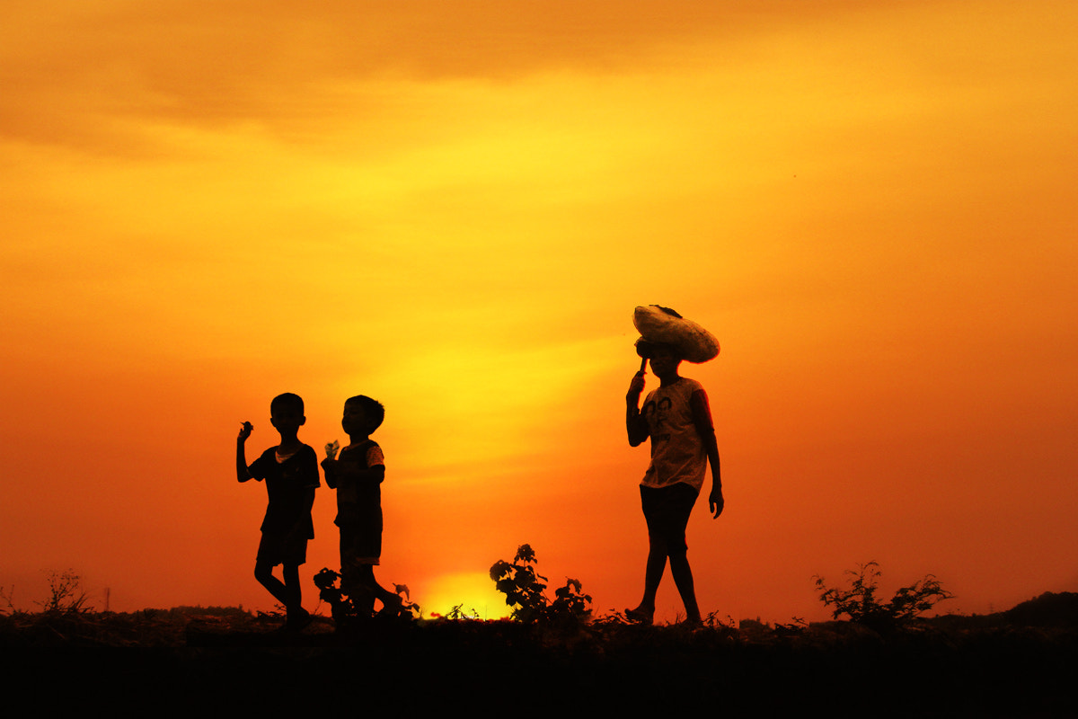 Photograph home from the fields by 3 Joko on 500px