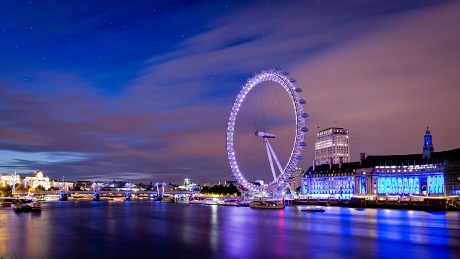Photograph A Starry Night in London by Gerard McAuliffe on 500px