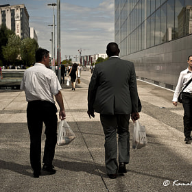 Lunch time in La Defense by Kamal Photography (KamalPhotographie)) on 500px.com