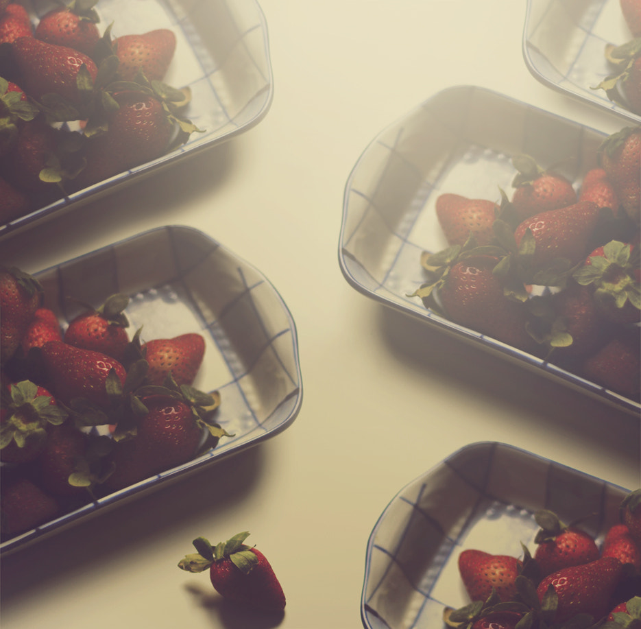 Photograph Strawberries by Sweetlife on 500px