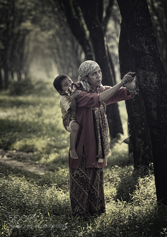 Photograph  What are you doing Mom...? by adib muhandis on 500px