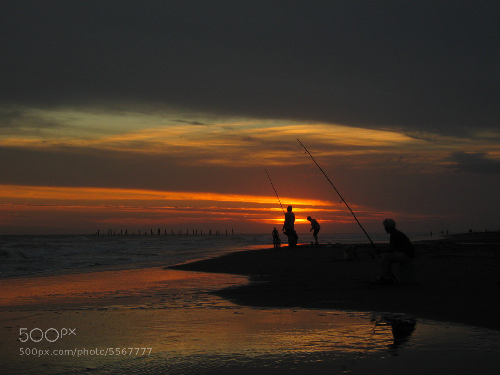 Photograph La hora de los pescadores (Fishermen's time) by Guillermo Dadamo on 500px