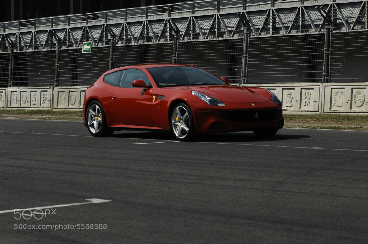 Photograph Ferrari FF by Alfredo Garciaferro Macchia on 500px