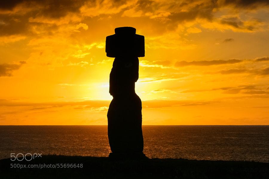 Ahu Tahal Moai Sunset