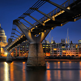 Millennium Bridge # 2 by Aubrey Stoll (Night_Gallery) on 500px.com