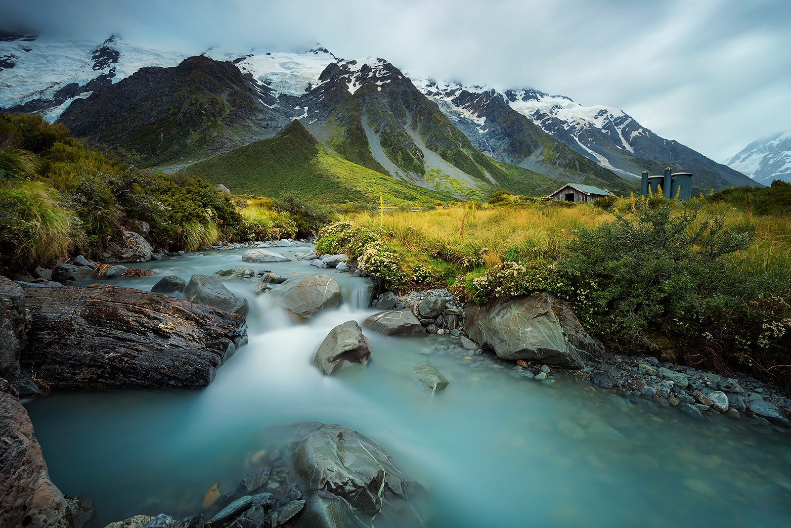 Photograph The Hut of Mount. Cook by Goff Kitsawad on 500px