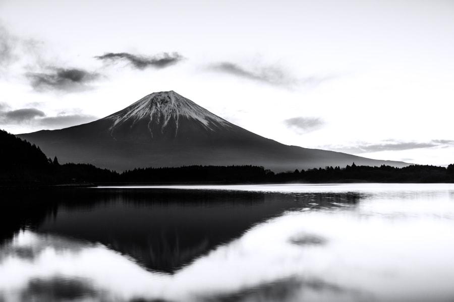 Mt Fuji(水墨)