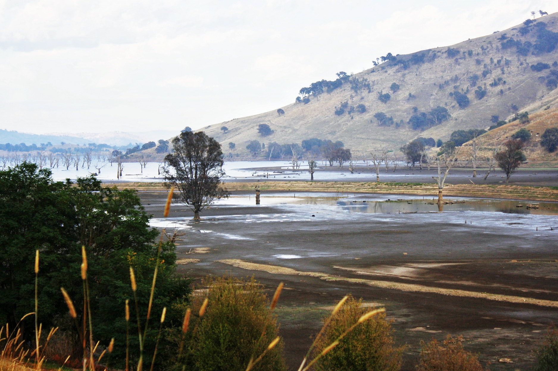 Photograph Lake Hume by Terence Warren on 500px