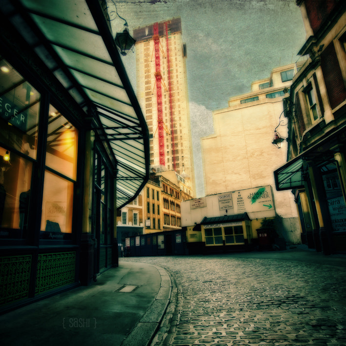 Photograph surReal London by Alex Arnaoudov on 500px