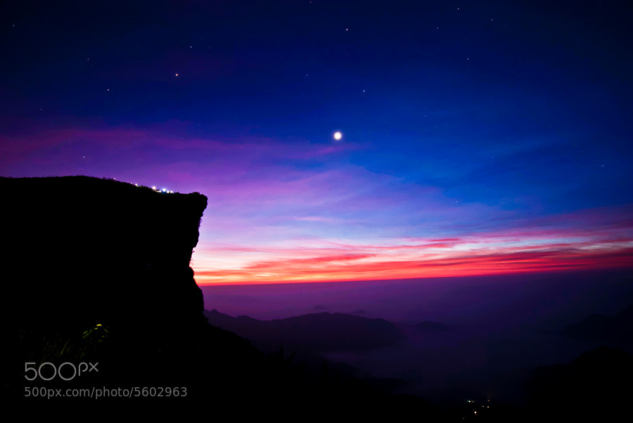 Photograph StarGazing before SunRise by Chanakan Santikunaporn on 500px