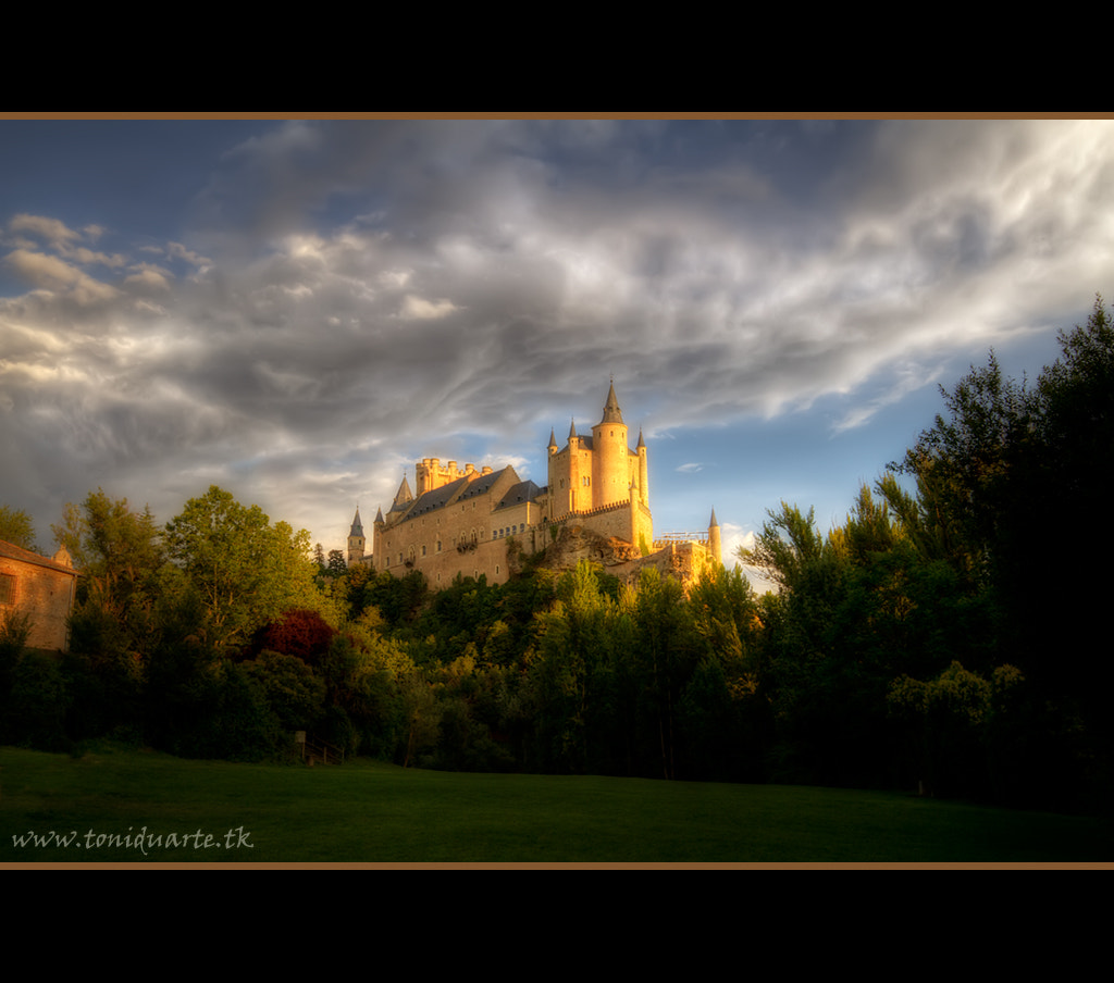 Photograph Alcázar de Segovia by Toni Duarte on 500px