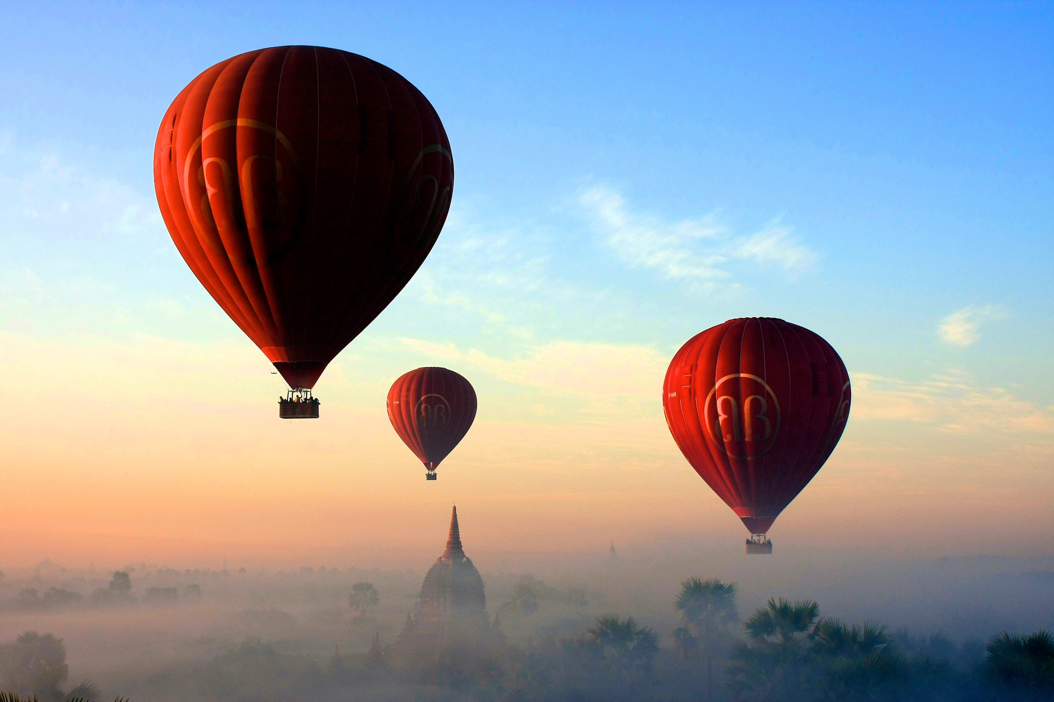 Photograph Balloons Over Bagan by Chi Kit Yeung on 500px