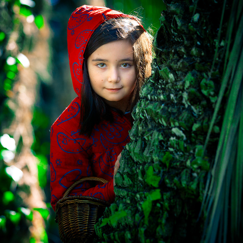 Photograph Red Riding Hood by Antonio Diaz on 500px