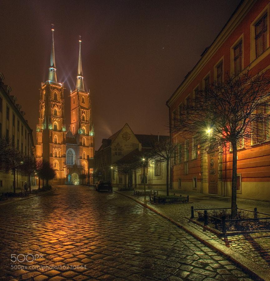 Photograph Night by Piotr Krzaczkowski on 500px