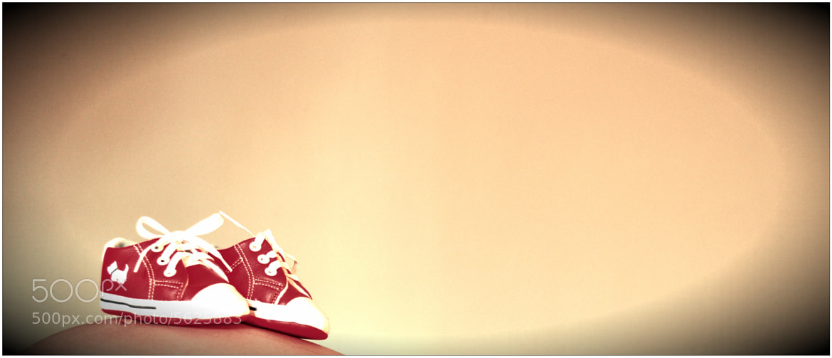 Photograph red shoes by Angel Hernandez on 500px