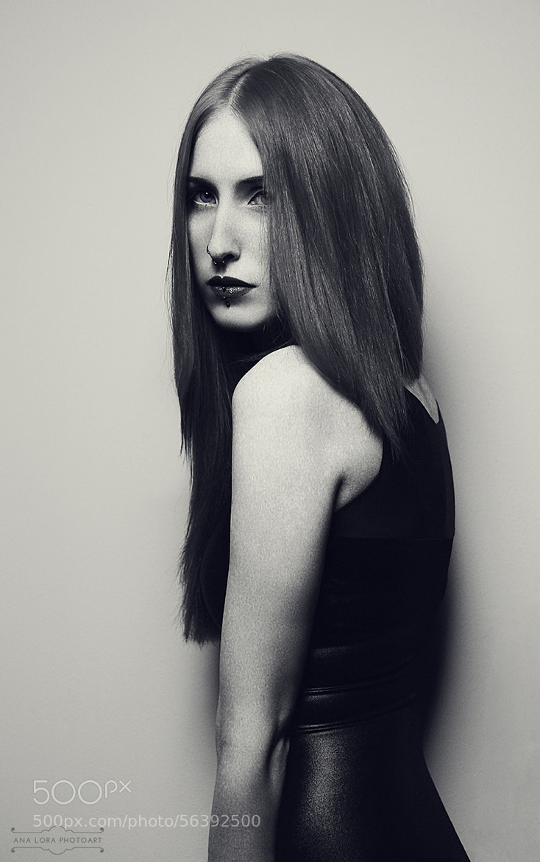Photograph Frau Kopfkino by Ana Lora Photoart on 500px