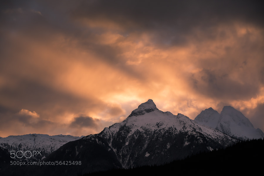Tantalus Mountain Range by Lisa Bettany on 500px.com